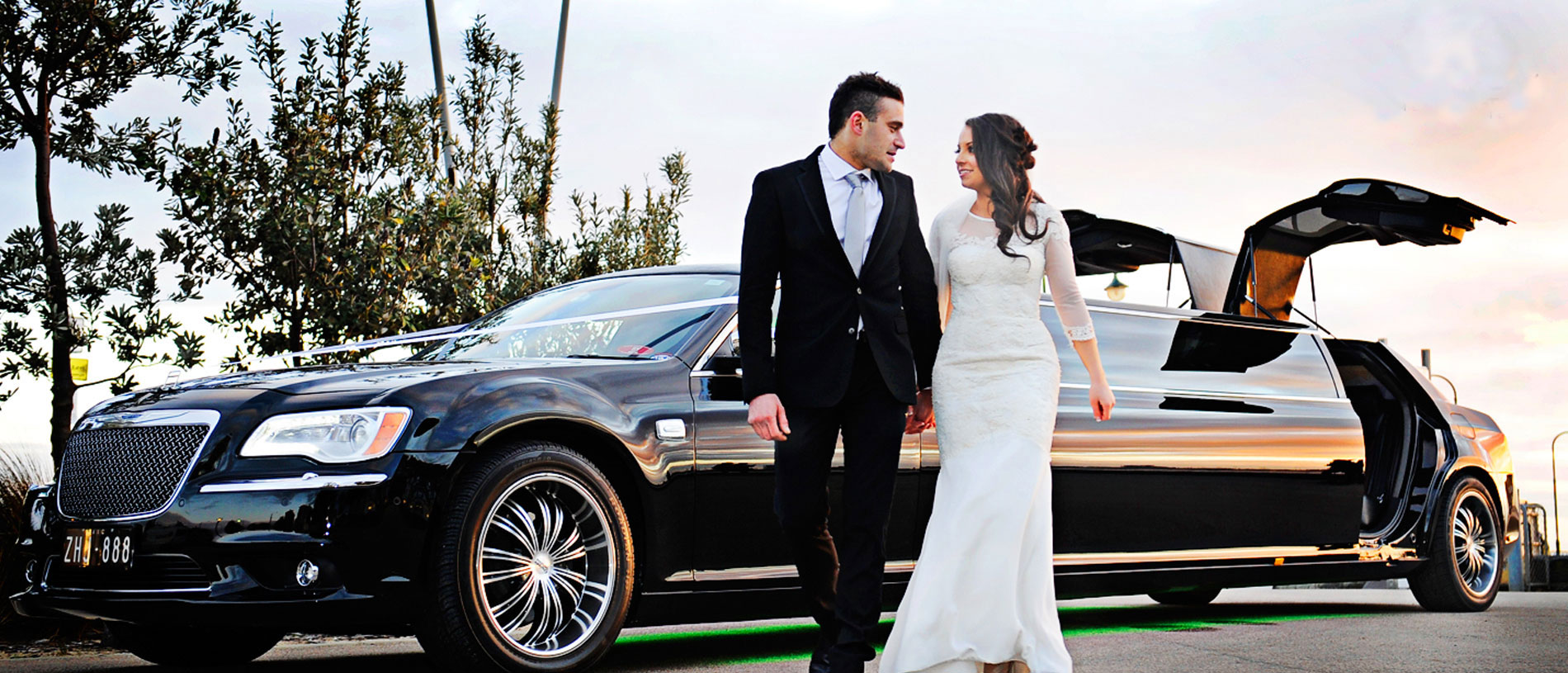 Wedding Car Hire Melbourne - Luxury Limousines Wedding Hire