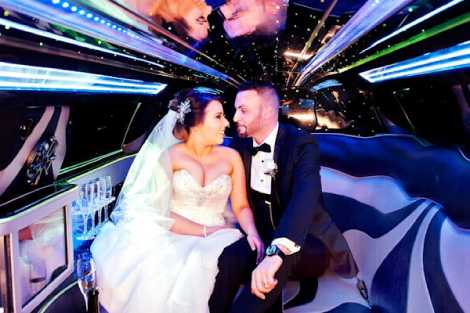 Enrik Limousines - Black Chrysler Limousines Wedding Hire Melbourne