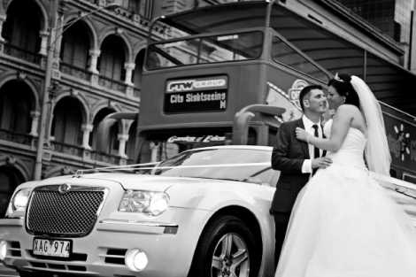 Enrik Limousines - White Chrysler Wedding Day Limo Melbourne