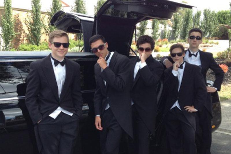 Enrik Limousines - Secondary School Formal Transport Hire