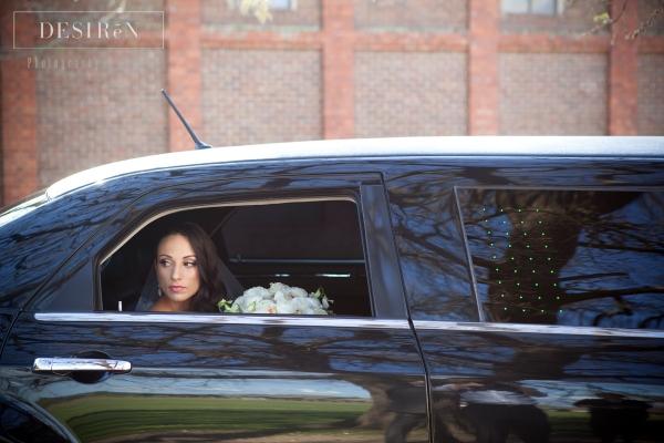 Enrik Limousines - Beautiful 7 Seater Chrysler Wedding Limo Hire