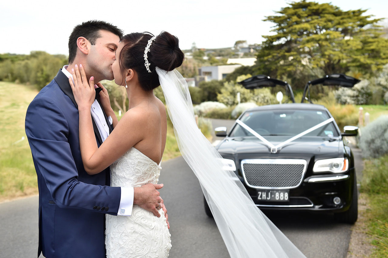 Melbourne Garden Wedding Limo Hire