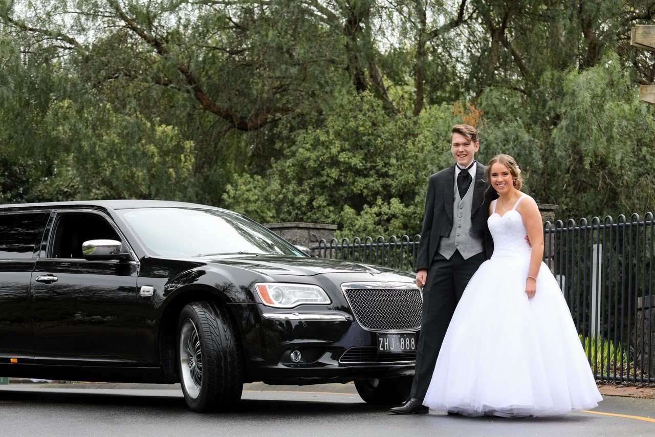 Limo Hire for Melbourne Debutantes - Stepping Out in Style