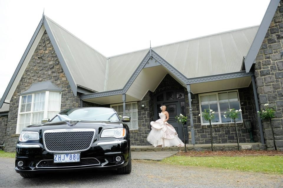 Riverstone Estate Limo Hire