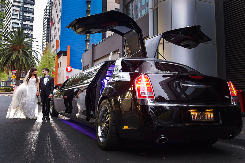 Enrik Limousines - Chrysler Limo Hire Melbourne